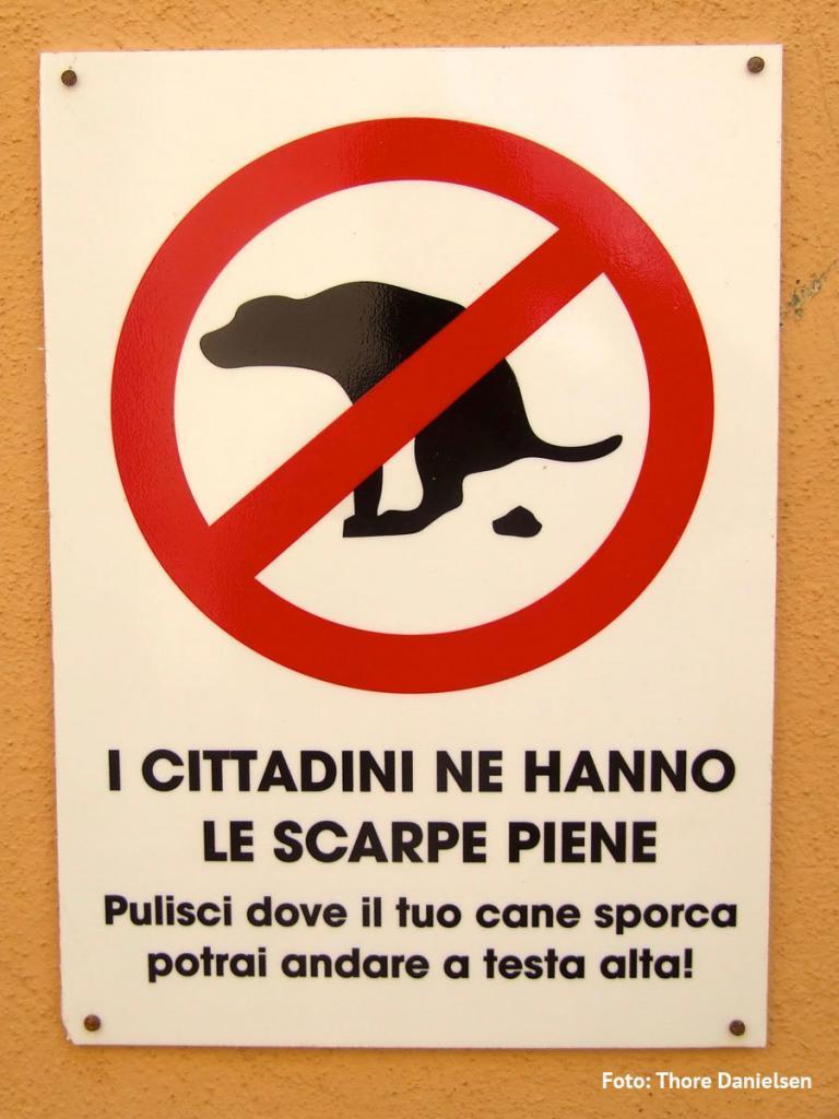 hundedrit-skilt-italiensk